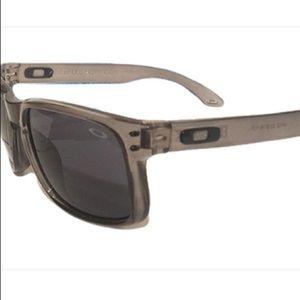 Oakley Holbrook Sunglasses Gray Black Lens Black